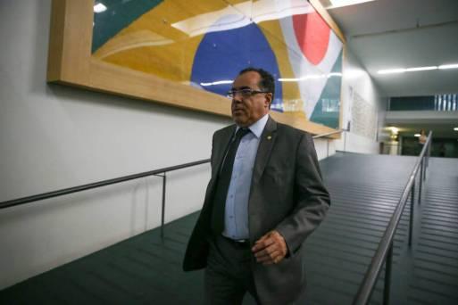 O deputado Celso Jacob (MDB-RJ), condenado a 7 anos e 4 meses por falsificação e dispensa de licitação para construir uma creche quando era prefeito de Três Rios (RJ)