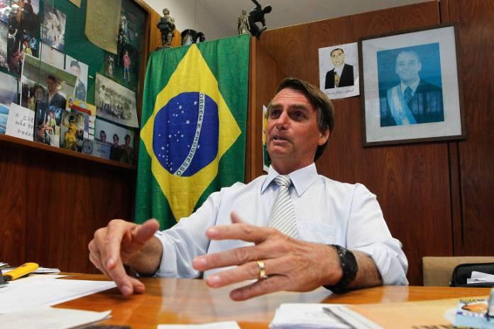 Jair Bolsonaro durante entrevista exclusiva para Folha