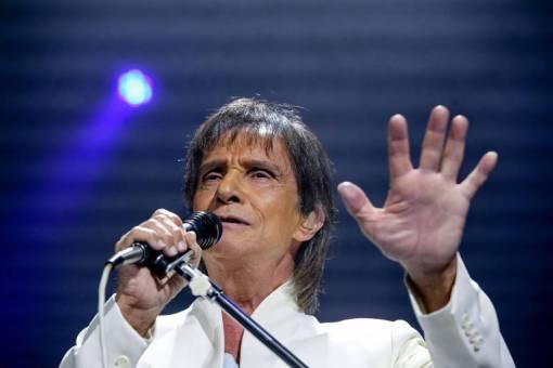 O cantor Roberto Carlos durante show em São Paulo