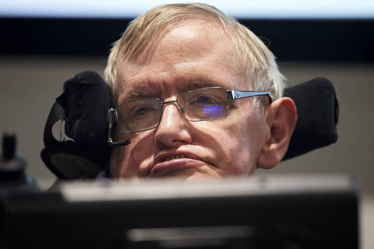 O físico britânico Stephen Hawking, em evento na Universidade de Cambridge, em 2016; cientista morreu nesta quarta-feira (14) aos 76 anos