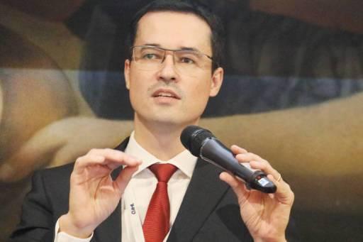 O procurador da Lava Jato Deltan Dallagnol durante palestra