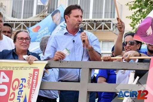 O senador e candidato ao governo do estado de Rondônia Acir Gurgacz (PDT)