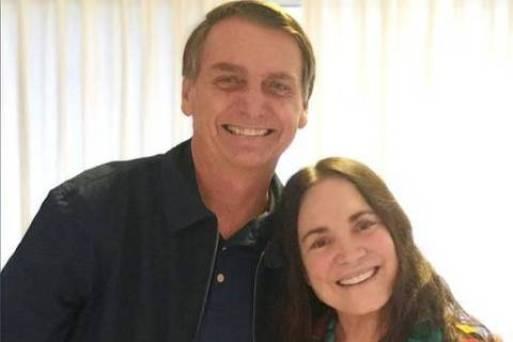 Atriz Regina Duarte visita Bolsonaro