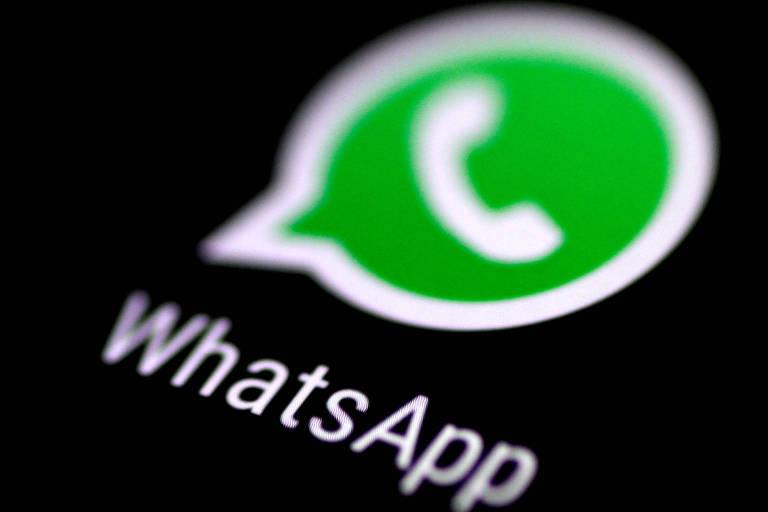 Logo do WhatsApp em tela de celular
