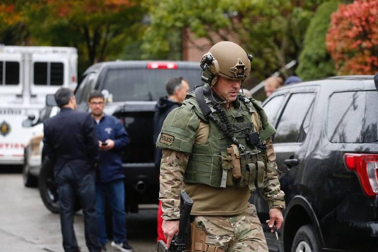 15406551615bd488394fea1 1540655161 3x2 md - Atirador deixa ao menos onze mortos em sinagoga nos EUA