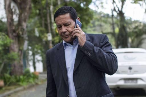 O vice-presidente eleito, general Mourão, criticou a comunicação do novo governo