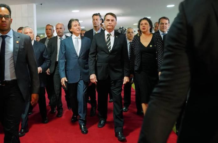 O presidente eleito, Jair Bolsonaro (PSL), chega ao Congresso para participar de sessão em comemoração dos 30 anos da Constituição