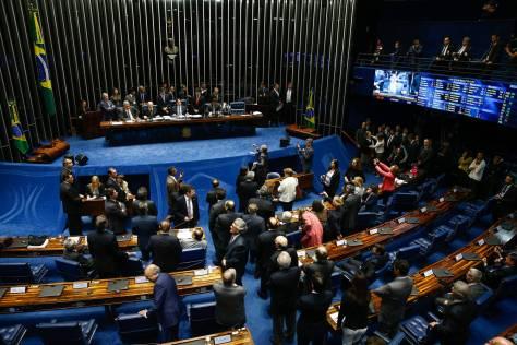 Image result for Senado aprova aumento de salário de ministros do STF para R$ 39 mil
