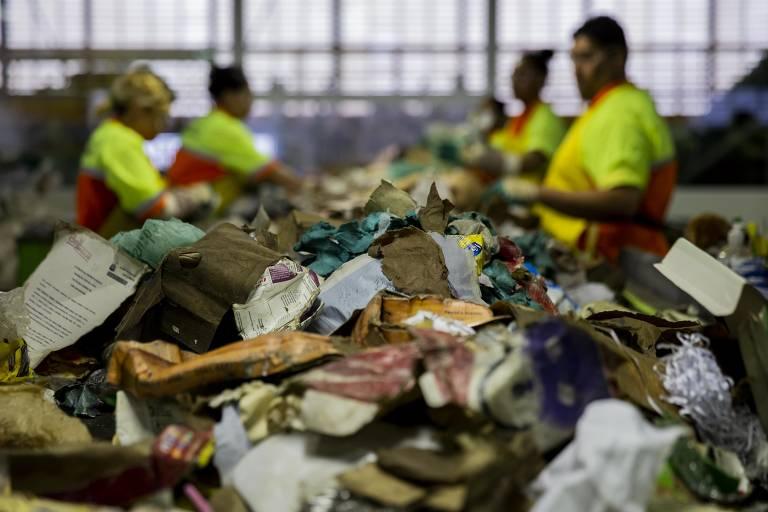 15559848645cbe71e0ec61a 1555984864 3x2 md - Reforma tributária pode alavancar reciclagem - Por Mara Gama
