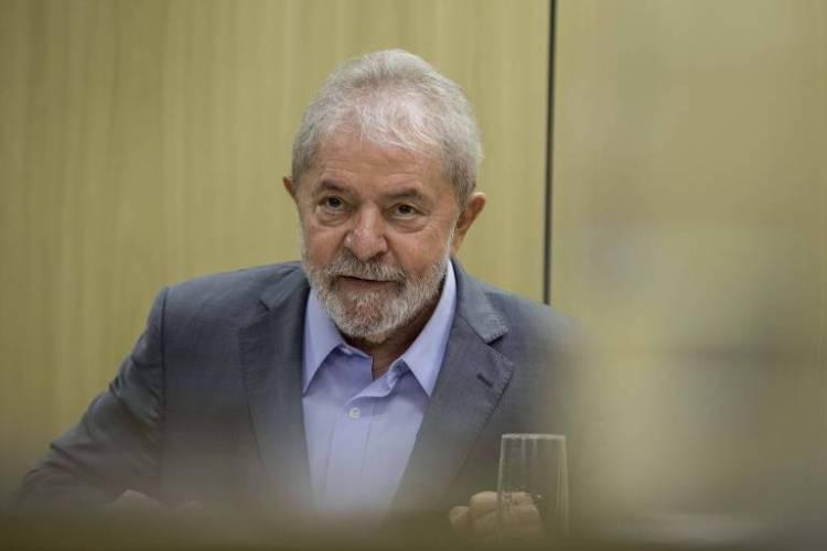 O ex-presidente Lula na sede da Polícia Federal, em Curitiba (PR), onde o petista está preso