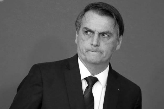 O presidente Jair Bolsonaro durante cerimônia no Palácio do Planalto; tarefa mais urgente do governo é acertar suas relações com o Congresso