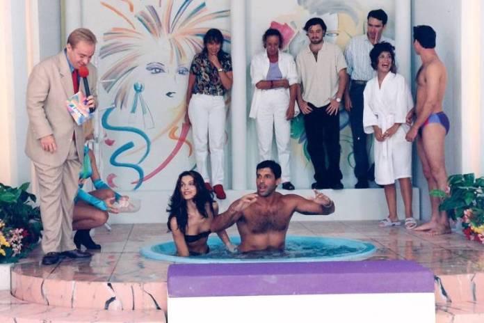 Alexandre Frota e Luiza Ambiel na Banheira do Gugu