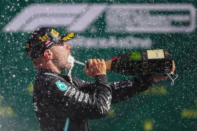 O primeiro vencedor do ano foi o finlandês Valtteri Bottas, da Mercedes, que triunfou no GP da Áustria