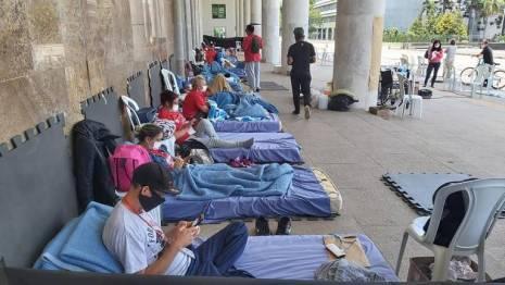 Grupo de 47 professores iniciou greve de fome, mantida por dez deles por uma semana ORG XMIT: ZhQ6GqZnx3gr8guagM-F