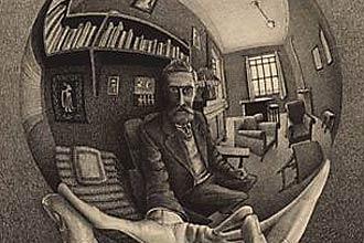 """Litografia """"Autorretrato no Espelho Esférico"""" (foto), de 1950, integra a exposição gratuita """"O Mundo Mágico de Escher"""", no CCBB, em SP"""