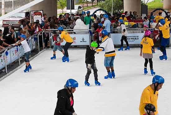 Pista de patinação próxima ao parque Ibirapuera será inaugurada na segunda (10), com entrada gratuita