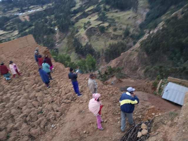El Centro de Operaciones de Emergencia Nacional (COEN) informó que lafalla geológica se produjo como consecuencia del sismo ocurrido el 26 de mayo de 2019.