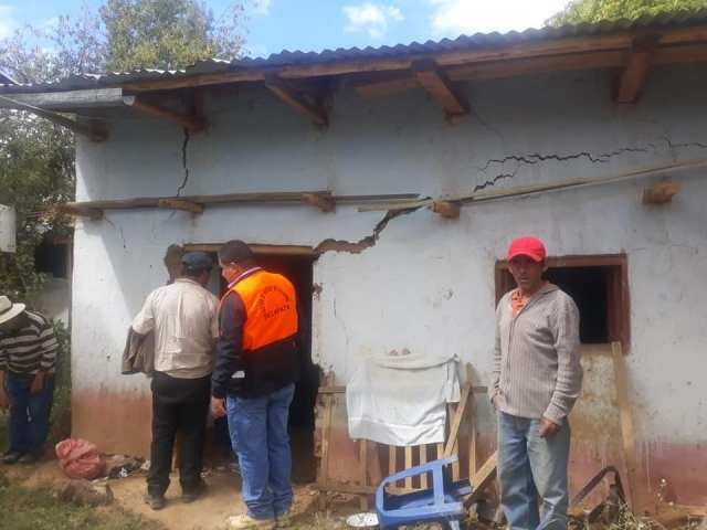 Los deslizamientos han provocado el desplome del centro de salud de Sillapata y 50 familias damnificadas.