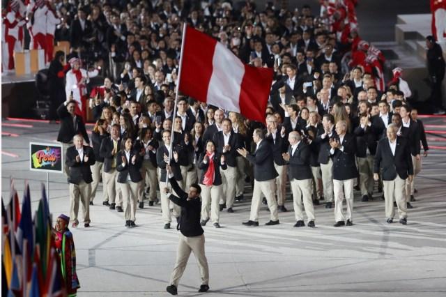 Stefano Peschiera fue el abanderado de Perú en el desfile de los Juegos Panamericanos 2019