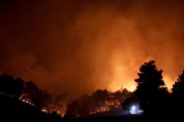 Grecia, donde el termómetro superó los 40 grados en repetidas ocasiones durante este verano, sufre una ola de incendios en los últimos días.