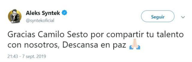 El cantautor mexicano Aleks Syntek le agradeció al artista Camilo Sesto el haber compartido su talento