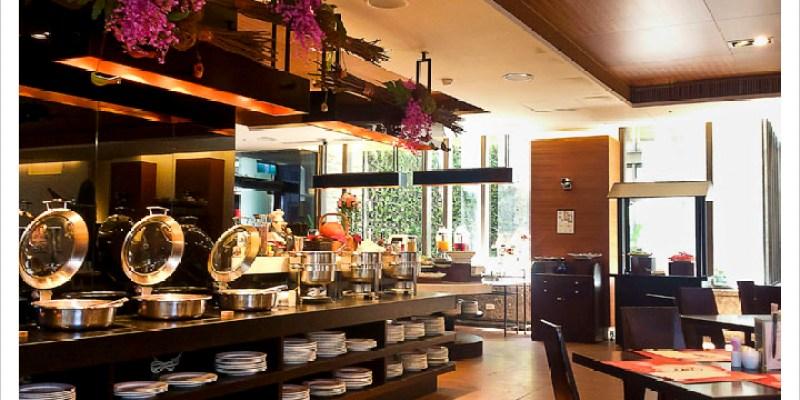 [花蓮市區] 藍天麗池飯店-綠波廊西餐廳 | 自助式早午餐