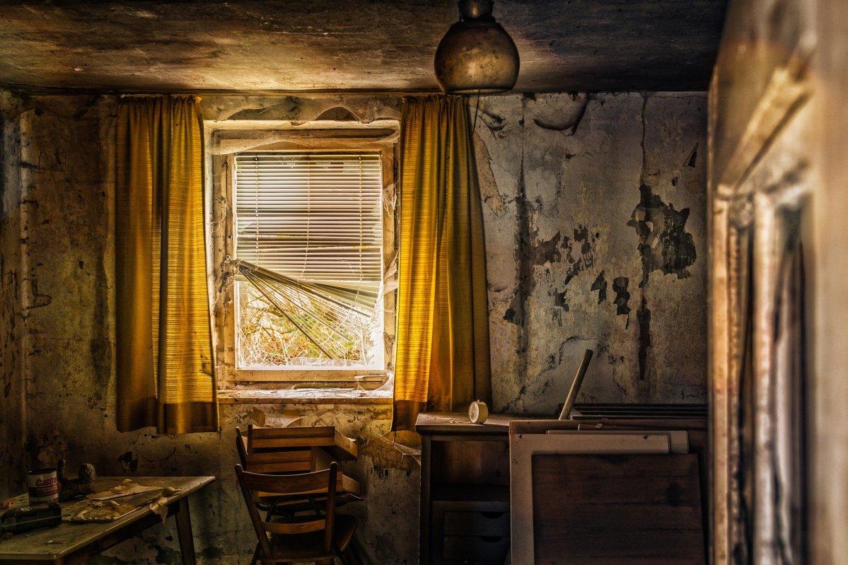 verwahrlostes Haus