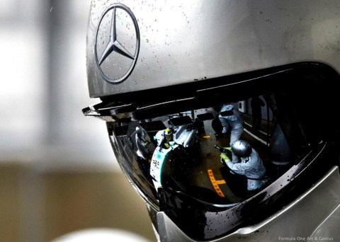 Mercedes AMG F1 pit crew