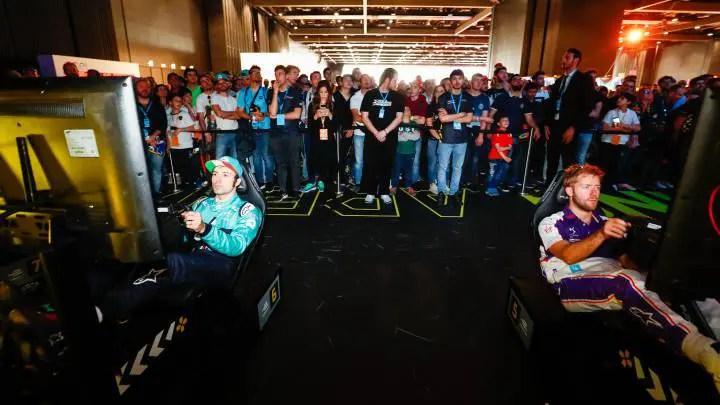 Courtois termine devant Vandoorne dans une course virtuelle de F1