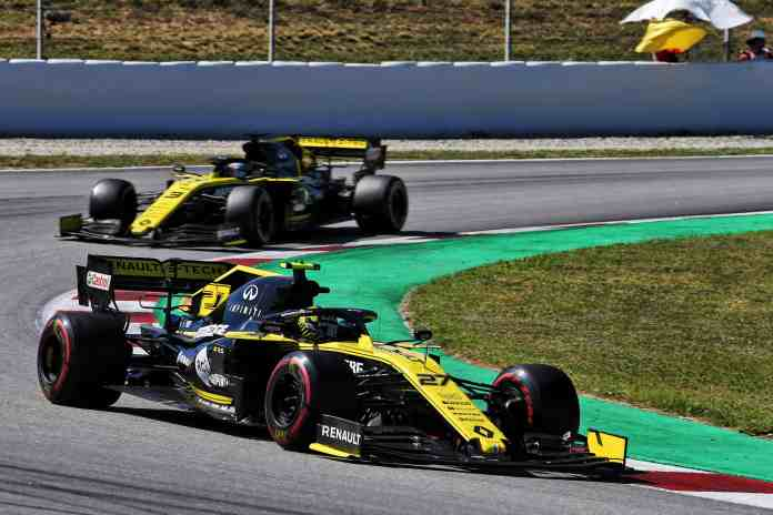 f1chronicle-2019 Spanish Grand Prix - Nico Hulkenberg & Daniel Ricciardo