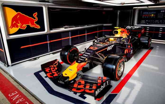 Pierre Gasly running a James Bond-inspired livery at the 1007th Grand Prix (image courtesy Red Bull Racing)