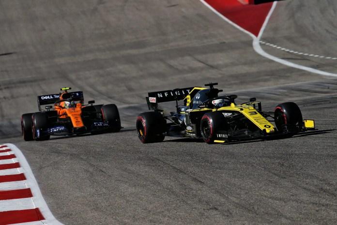 2019 United States Grand Prix, Sunday - Daniel Ricciardo fights off Lando Norris (image courtesy Renault F1 Team)