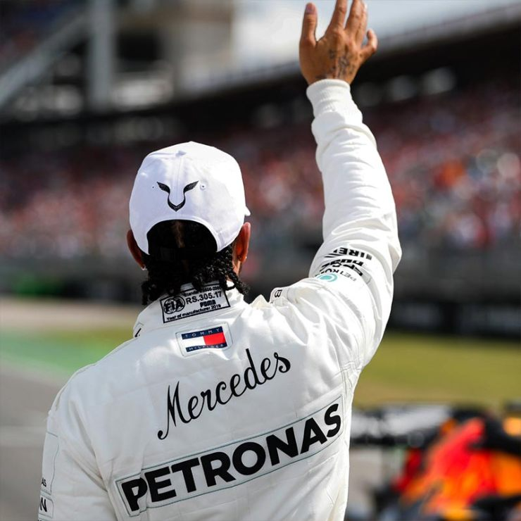 HAMILTON STAYS WITH MERCEDES