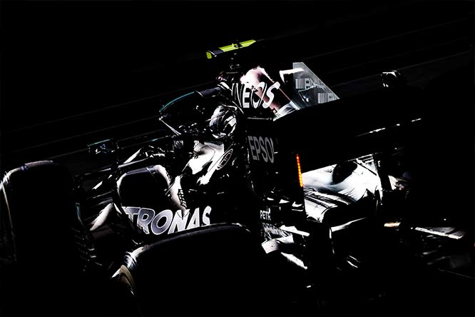 WHO'S REALLY FASTEST IN F1 2021 TESTING? mercedes 2021