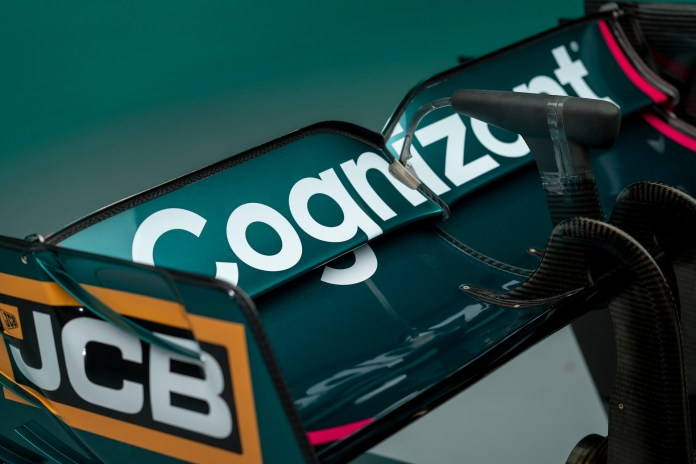 Aston Martin Cognizant Formula One Team AMR21 09 Prezentacje bolidów na sezon 2021