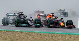 'A Hamilton and Verstappen crash is inevitable'