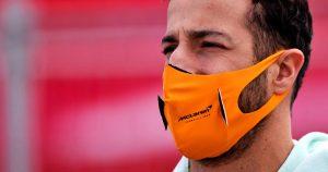 Ricciardo not feeling comfortable or confident