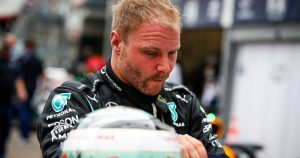 Wolff cannot rule out Bottas being 'sacrificed'