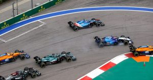 Alonso 'didn't get away' with straight-lining Turn 2