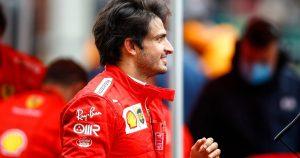Sainz signed Ferrari contract in his pyjamas