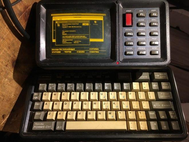 Motorola MDT-9100T running Windows 3.0