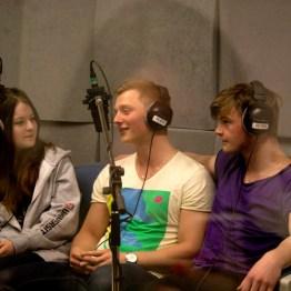 Radiosending i lydstudio. Foto: Winnefride Gwalla