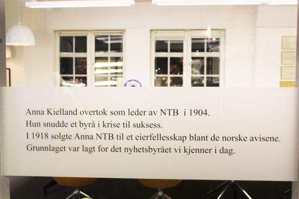 Informasjon utenfor et av møterommene. Foto: Emilie Boryszewski