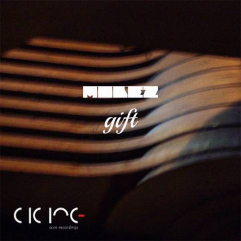 Molez – Gift
