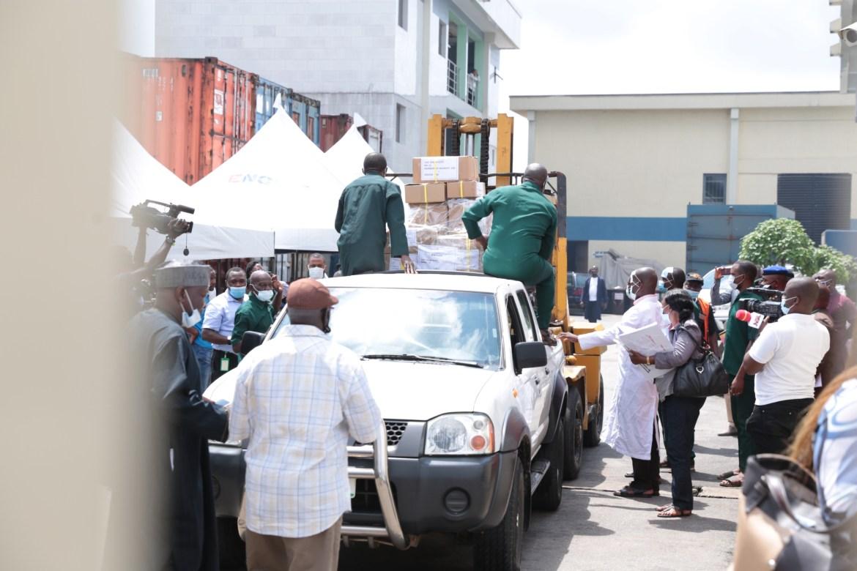 #EdoDecides2020 Tight security as INEC distributes Edo electoral materials (Photos)