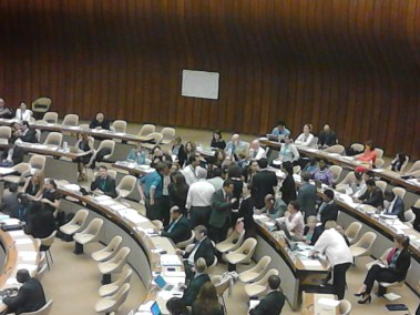Informal meeting in plenary to try to resolve the drug resolution issue