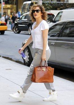 Image Source: PopSugar Fashion