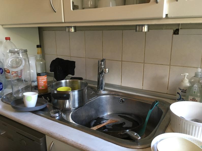 Nej, du behøver ikke tage opvasken lige nu