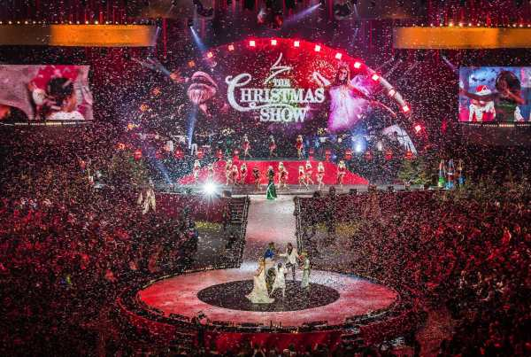 Schermen the Christmas show