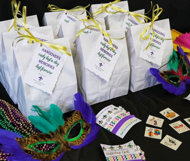 Youll Want To Pin These Ones For Your Own New Orleans Birthday Weekend Or Bachelorette Party Or Even A Mardi Gras Party